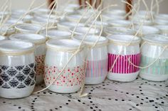 Washi tape en botes de yogur. Foto encontrada en pinterest